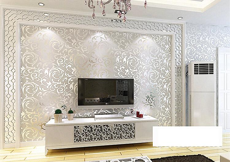 Giấy dán tường hoa lá cách điệu màu bạc ánh kim 3D296 phòng khách